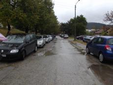 """Търси се решение за безразборното паркиране в двора на """"МБАЛ - Благоевград"""" АД"""