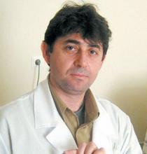 д-р Д. Димитров